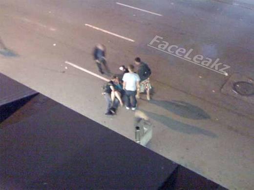 Misteri Penampakan Sepasang Kekasih Bercinta di Tengah Kerusuhan -- FaceLeakz