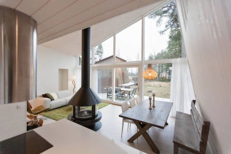 Sweden modern cabin house minimalist design in middle of for Minimalist cabin design