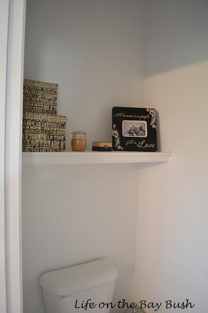 Easy Bathroom Shelf