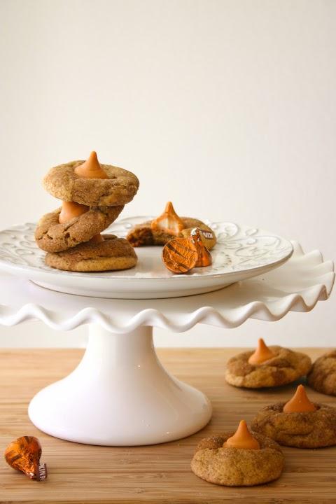 Bakergirl: Pumpkin Spice Kiss Gingerdoodle Blossoms.
