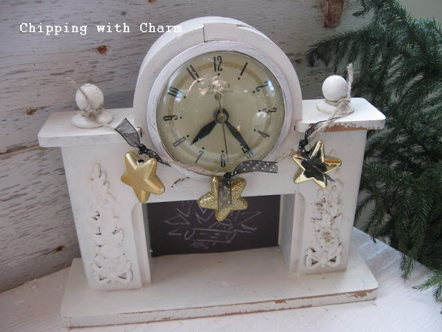 Chipping with Charm:  Mini Faux Fireplace...http://chippingwithcharm.blogspot.com/