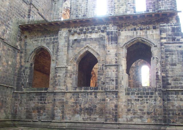 kirkstall-abbey-image-leeds