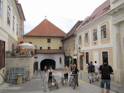 puerta de Piedra, Stone Gate Zagreb