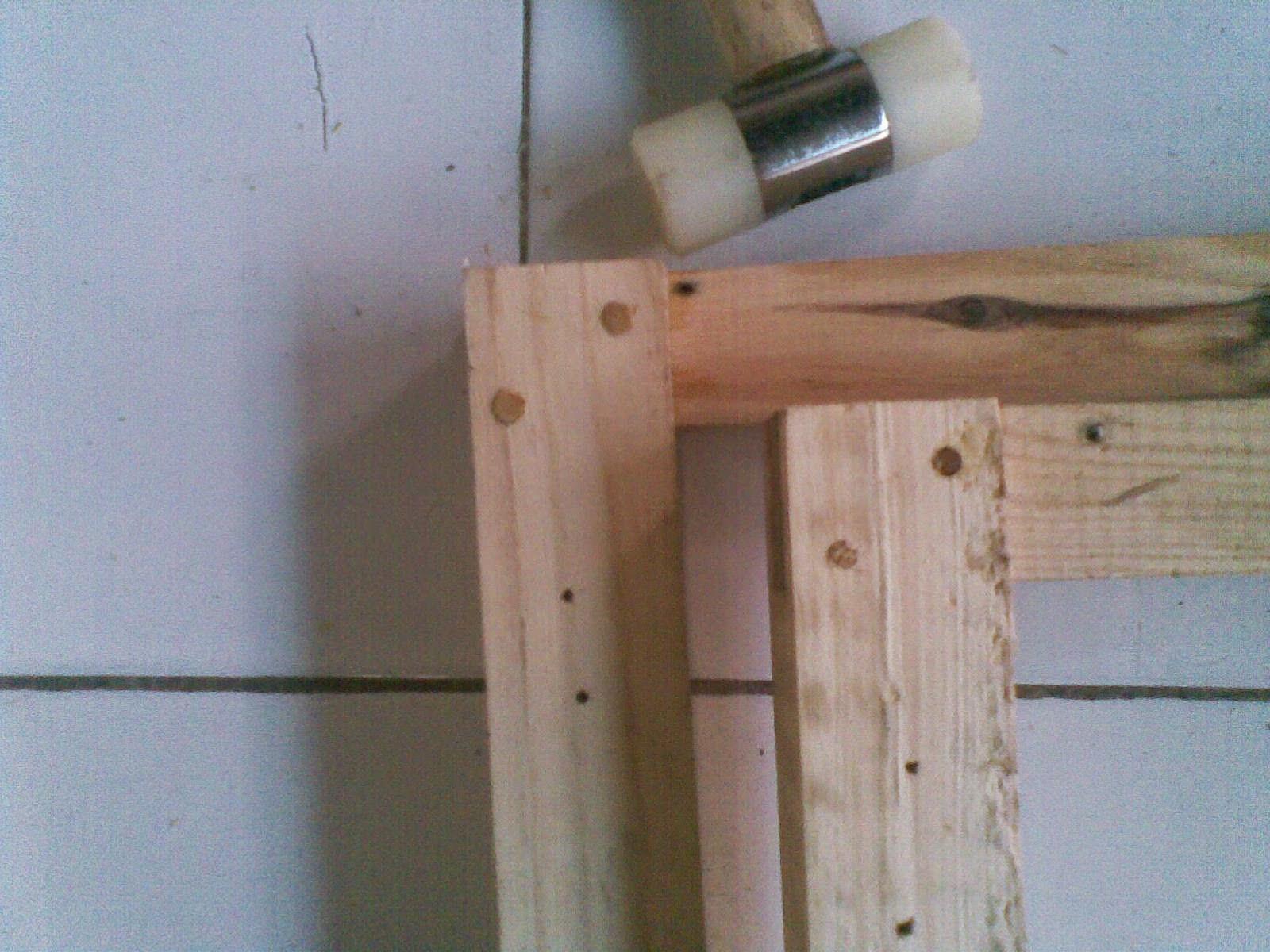 Sambungkan semua dan berikan pin kayu. - Desainrumahminimalis2015.com