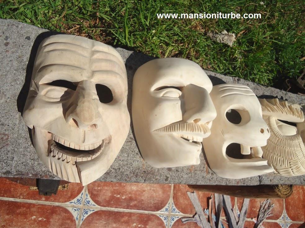 Máscaras de Tócuaro en el Taller de la familia Horta