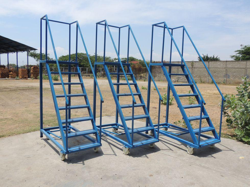 Hpc tecnologias escaleras rodantes para almac n - Escaleras para almacenes ...