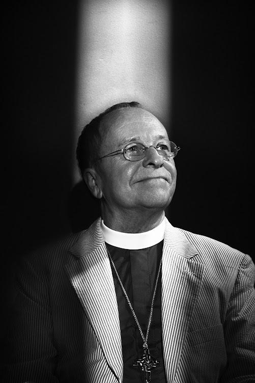 Bishop Gene Robinson/ 1st Gay Episcopal Bishop