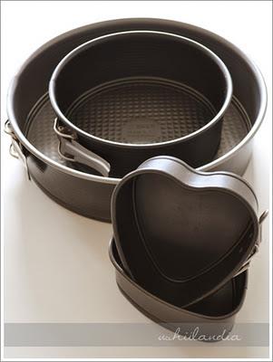 foremki do ciastek i formy do pieczenia ciast - przewodnik (tortownica okrągła, w kształcie serca)