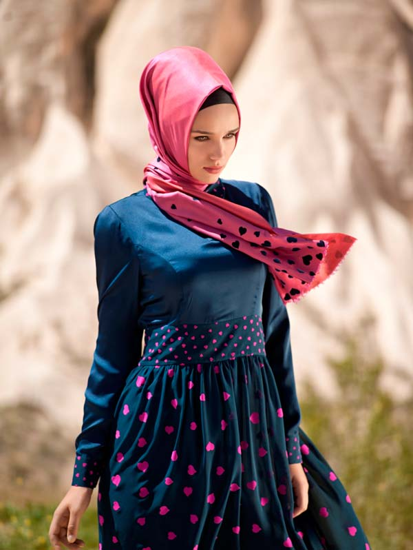 Hijab Turque Moderne 2015 With A Beautiful Scarf Hijab Fashion And Chic Style