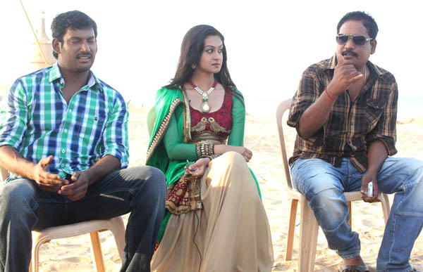 vishal aishwarya arjun pattathu yaanai movie working stills3