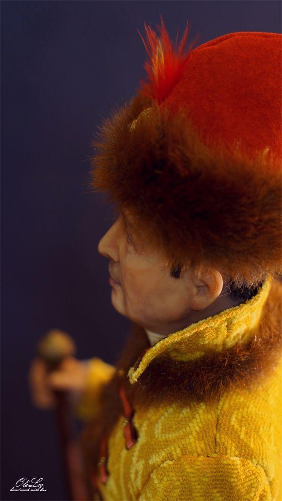 портретная кукла кукла по фото портретная кукла оксаны панченко бронзовая скульптура бутафория золотая рыбка портрет реализм символизм портретно скульптурная oleloo авторская студия oleloo костюм 19 в ручная работа hand made подарок на юбилей подарок на свадьбу эксклюзивный подарок на юбилей интерьерная кукла арт кукла портретная кукла по фотографии на юбилей работа андрея панченко