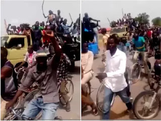 Gwoza residents celebrate over army's success against Boko Haram (see the photo)