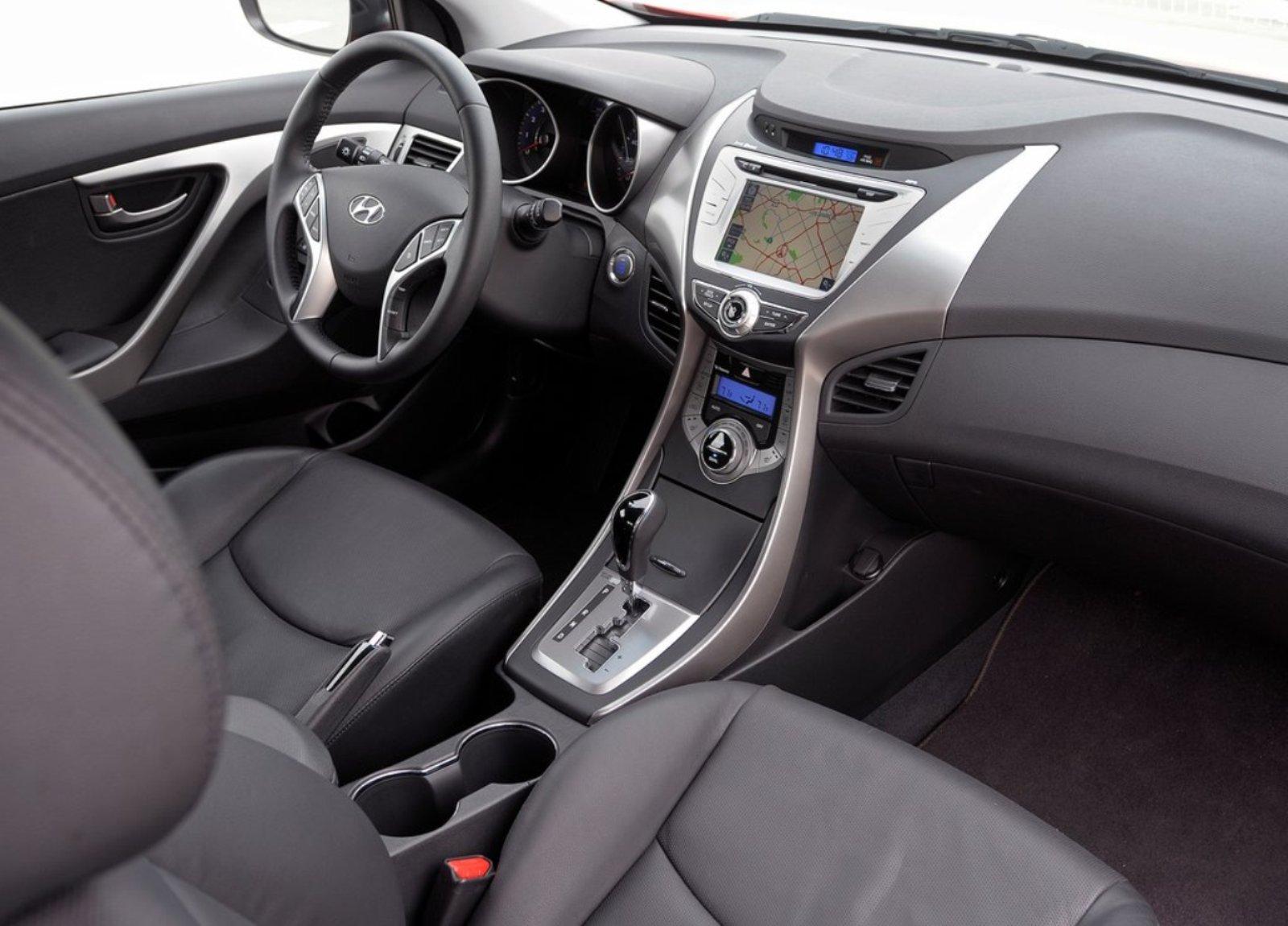 limited test cockpit trend cars first hyundai elantra motor