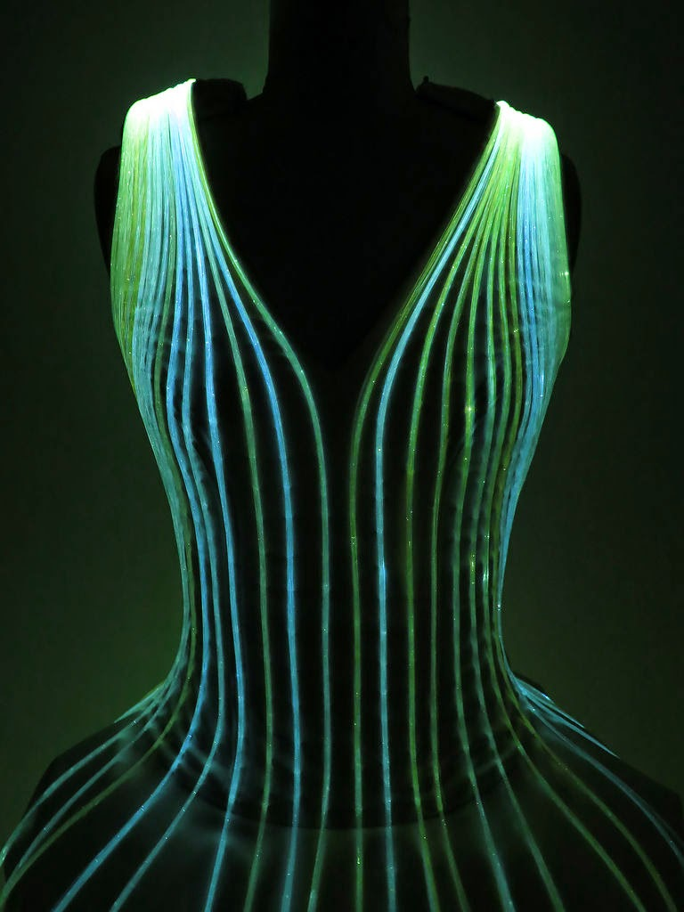 How to Make A Mind-Blowing Fiber Optic Dress - HANDY DIY