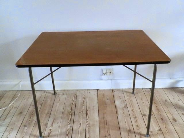 Retro furniture: retro køkken/camping bord