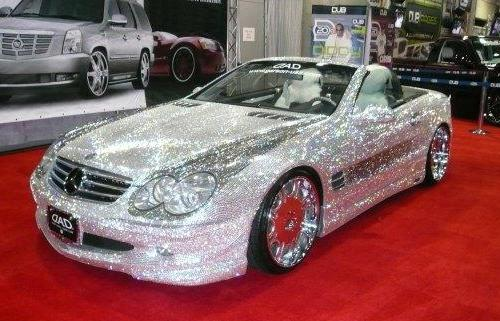 http://4.bp.blogspot.com/-MkRsfQVOCtQ/TWDYPh7ANeI/AAAAAAAAA5A/WQkc_iL2_Hs/s1600/2012-mercedes-benz-sl500-with-swarovski-crystal.jpg