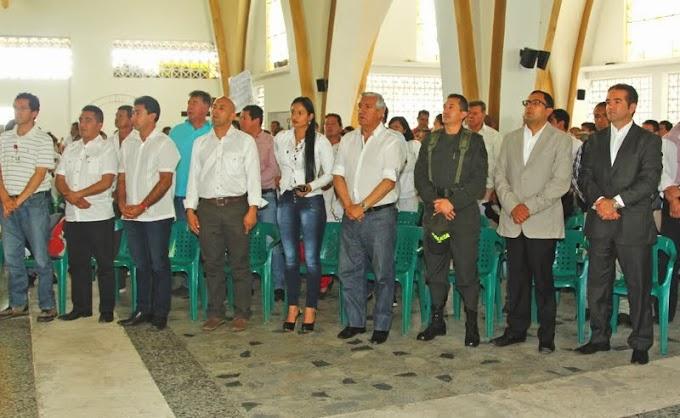 En Pauna: Gobernador de Boyacá, Juan Carlos Granados Becerra, marchó por la Paz de Occidente