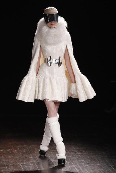 Alexander McQueen Sonbahar Kış 2012-2013 Koleksiyonu