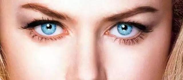 Το κοινό χαρακτηριστικό που έχουν οι άνθρωποι με γαλάζια μάτια! και εδώ ύπουλη μασόνικη  προπαγάνδα!!!