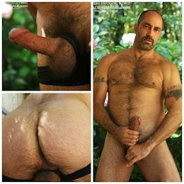 Paxton: quarentão pelado na punheta no mato