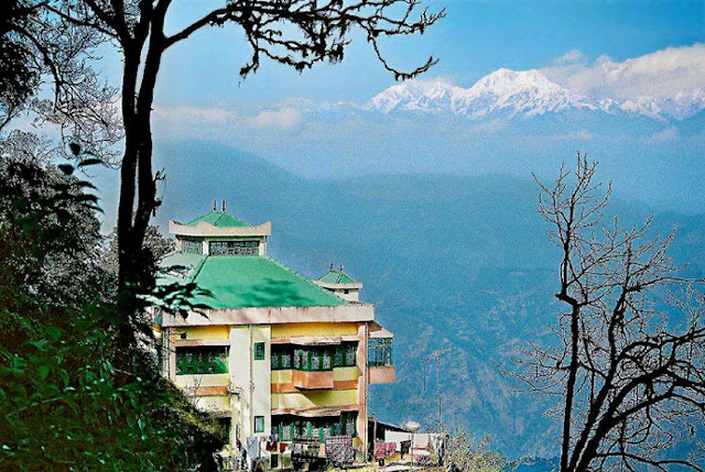 Darjeeling Budget tour with us