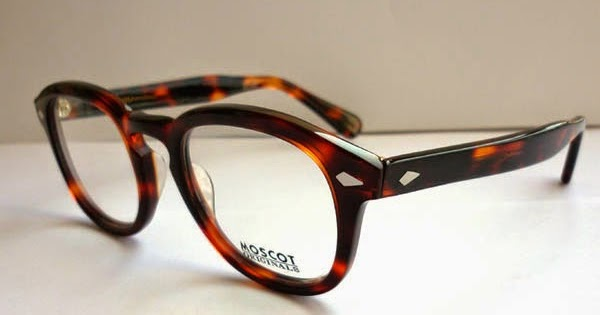 Naga Sadow Eyewear: Jo...