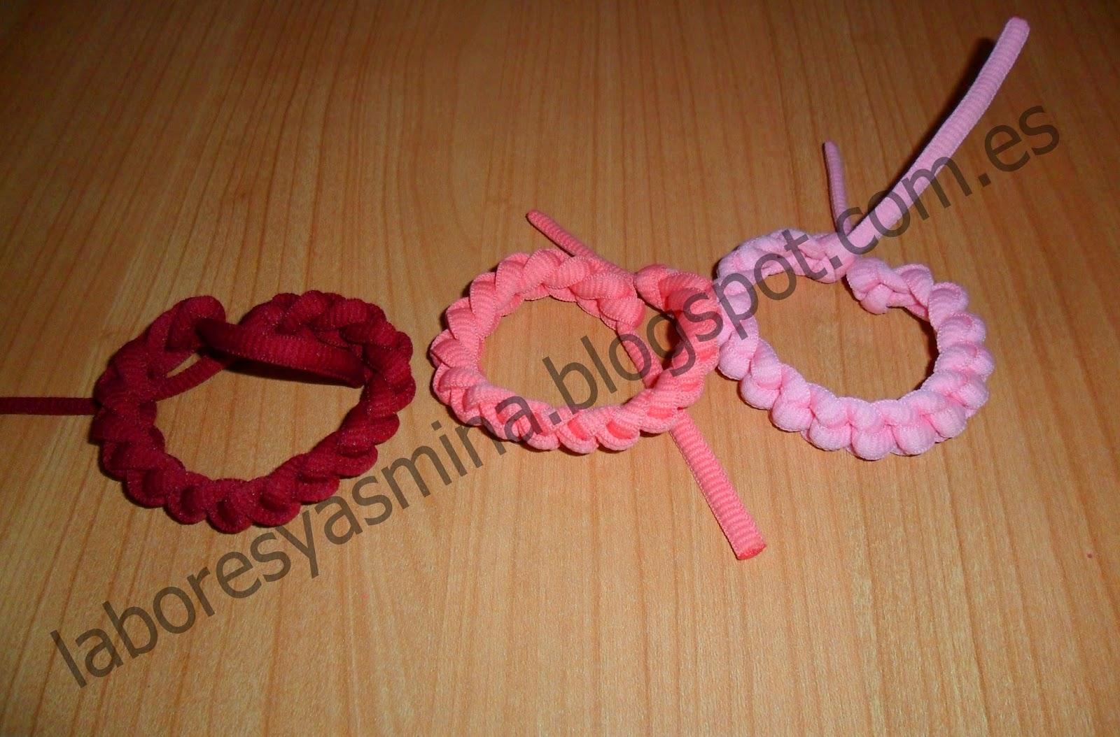 http//www.ideasdiy.com/hacer,bisuteria/como,hacer,una,pulsera,con,cordones,de,colores/