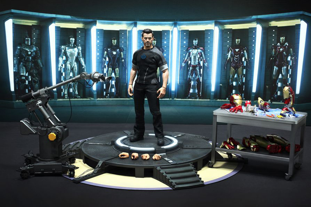 Iron Man 3 Toys ~ Quot the nostalgia king hot toys iron man figure