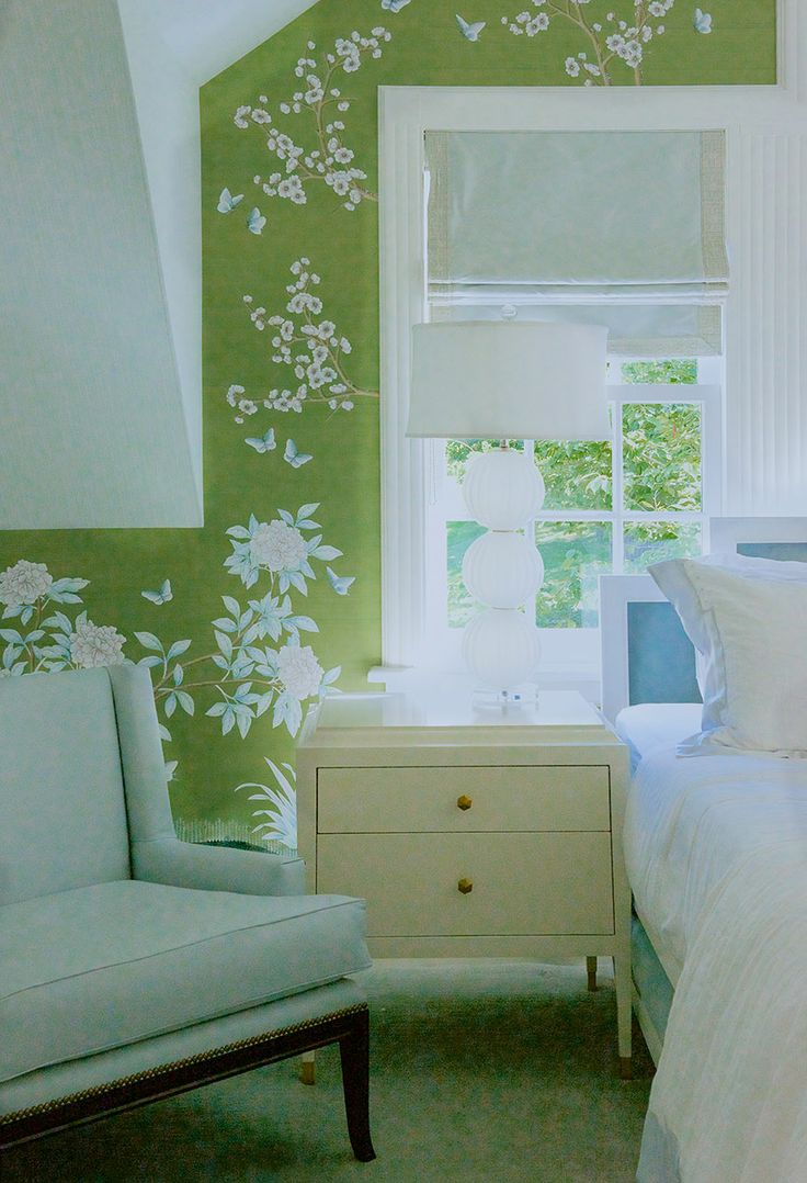 Lovely green and white chinoiserie bedroom by interior designer