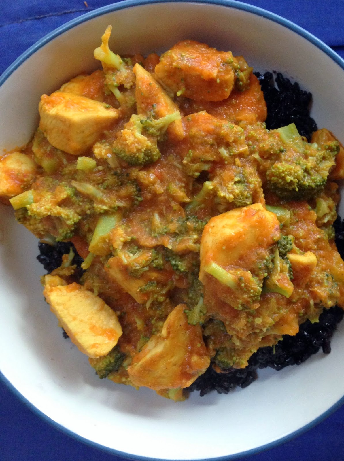 Chicken [or Tempeh] and Broccoli Curry