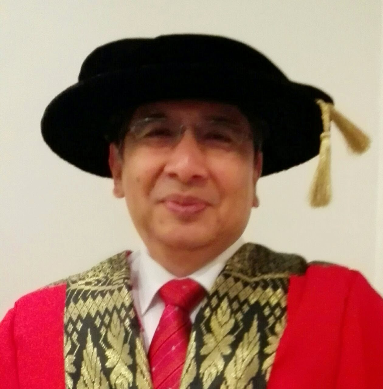 Datuk Professor (Dr) Haji Naim Mohamad