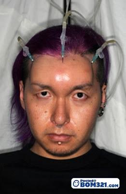 Budaya Mencacatkan Kepala (18+)
