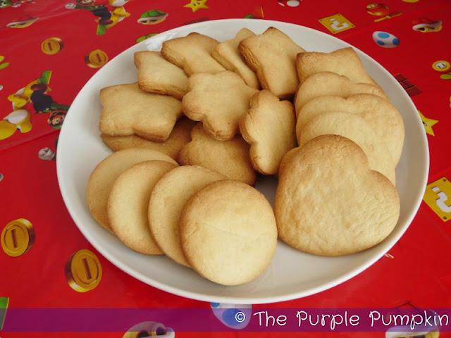 Diddy Kong Peanut Shooter Dip and Sugar Cookies