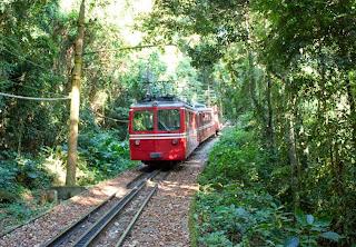 Turismo do Rio de Janeiro trem Corcovado