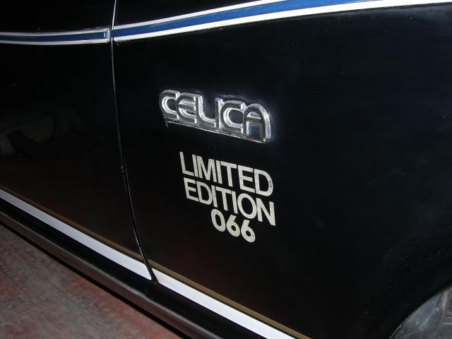 Toyota, pierwsza generacja, kultowy sportowy samochód, stare auto, oldschool, japońska fura, galeria, liftback, Black Celica