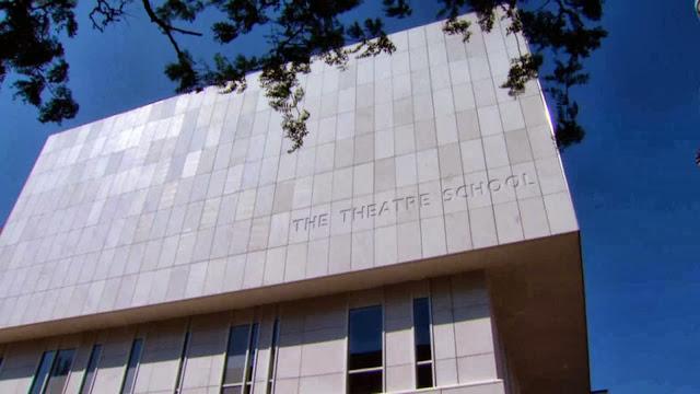 05-Theatre-School-of-DePaul-University-by-César-Pelli