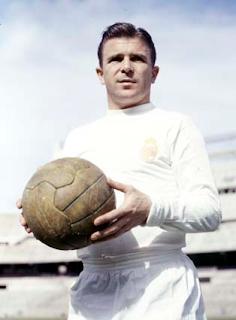 ferenc puskas legenda sepakbola