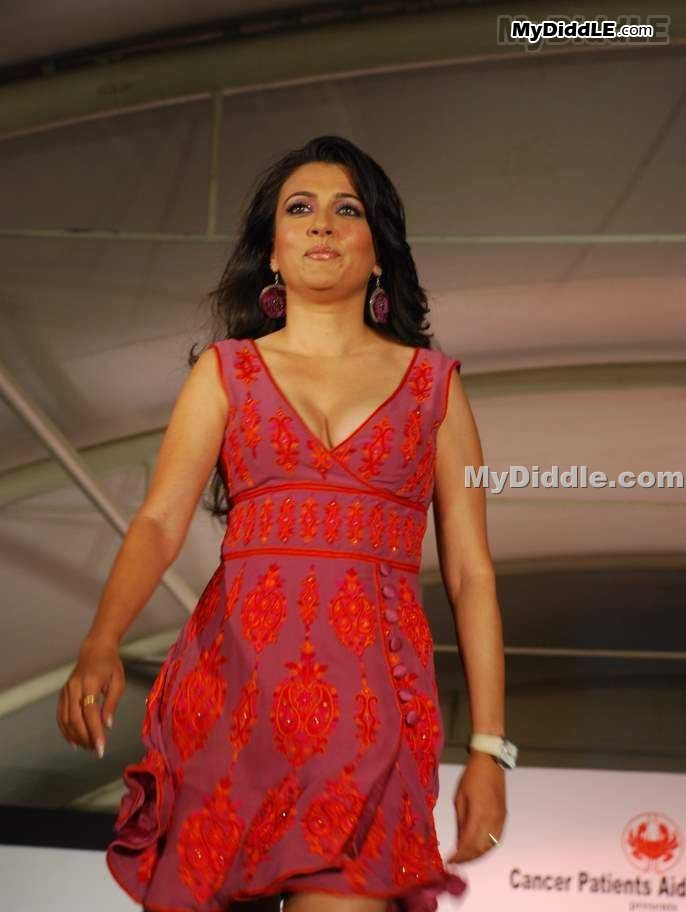 mini mathur sexy hot pictures showing boobs