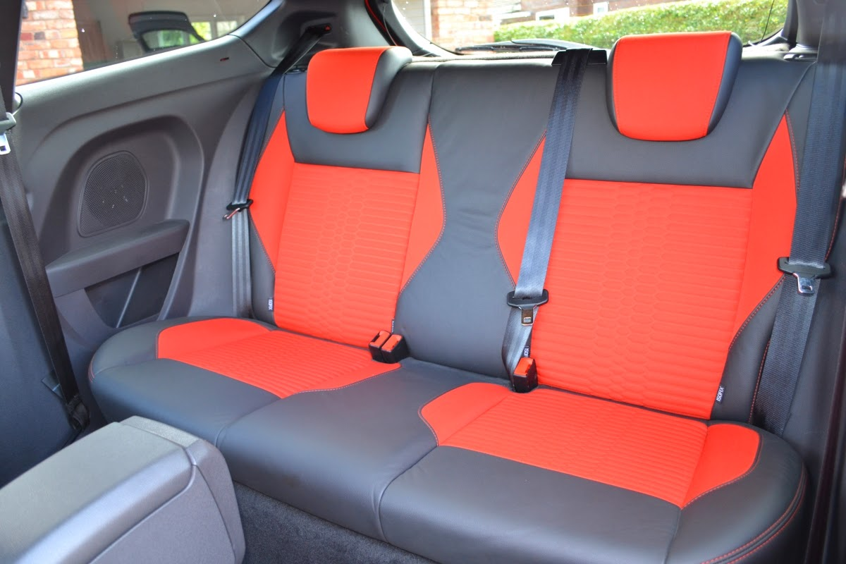 2014 Ford Fiesta ST-2