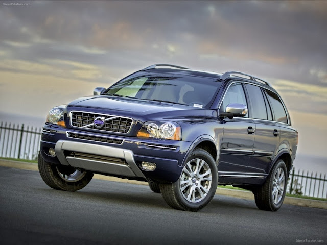 Volvo XC90 Car Wallpaper