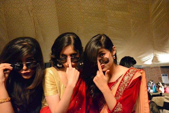 Desi Girls In Dabbang Style in Wedding