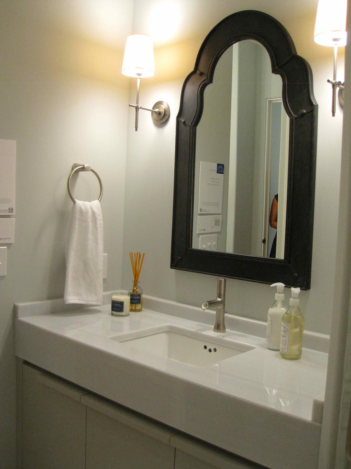 Tour of coastal living 39 s ultimate beach house part 2 Mirror design for small bathroom