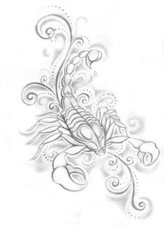 Bayanlar için bir Akrep dövme deseni