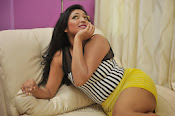 Hari priya hot Photos from Galata-thumbnail-3