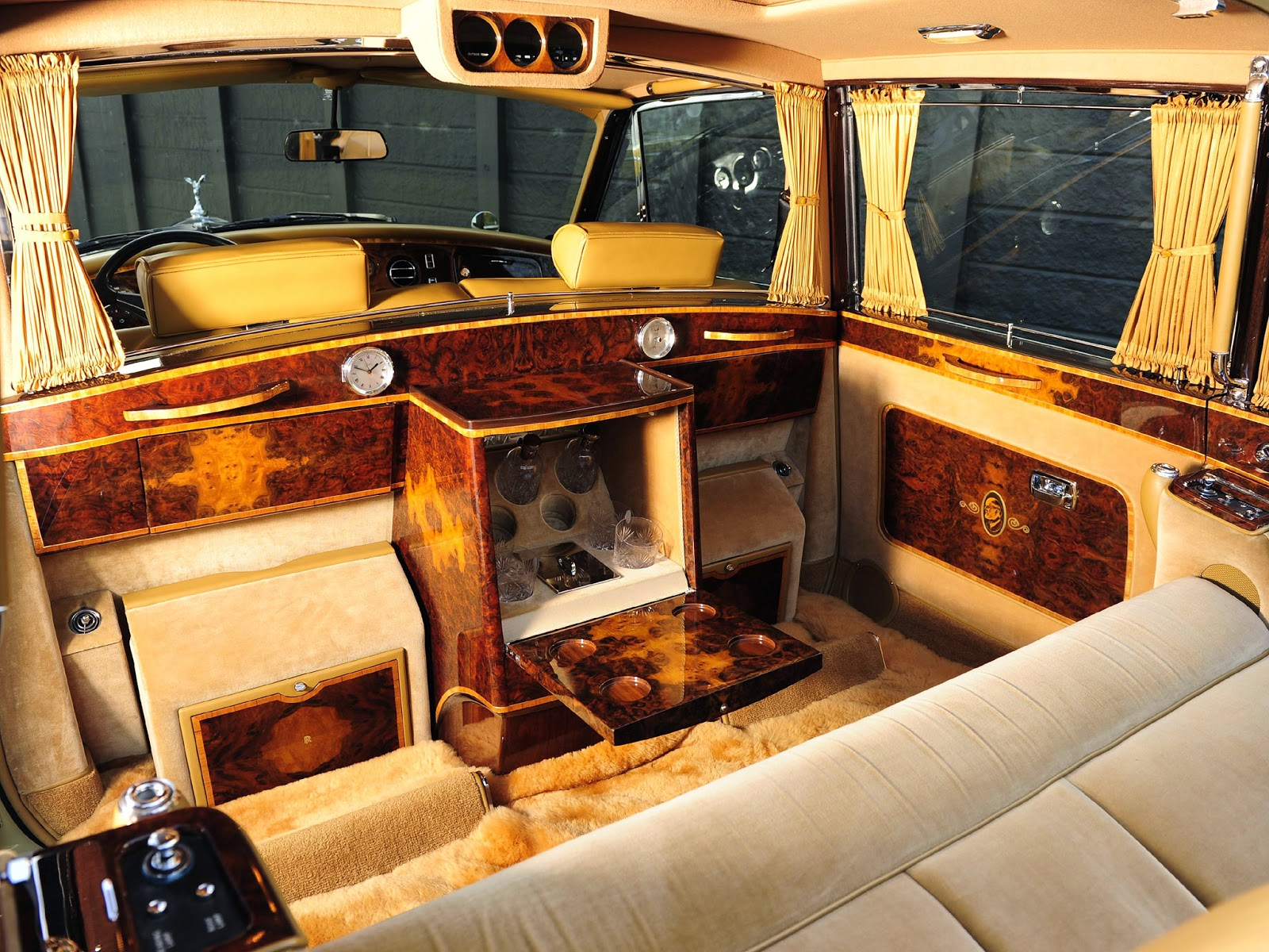 rolls royce phantom interior 2014 worldcar. Black Bedroom Furniture Sets. Home Design Ideas