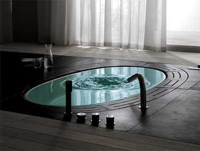Automatic bathtub design