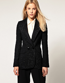 Boucle The hunt for a black blazer...