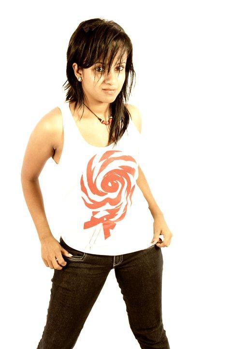 Top SL Make-up Artist Gayani Batz