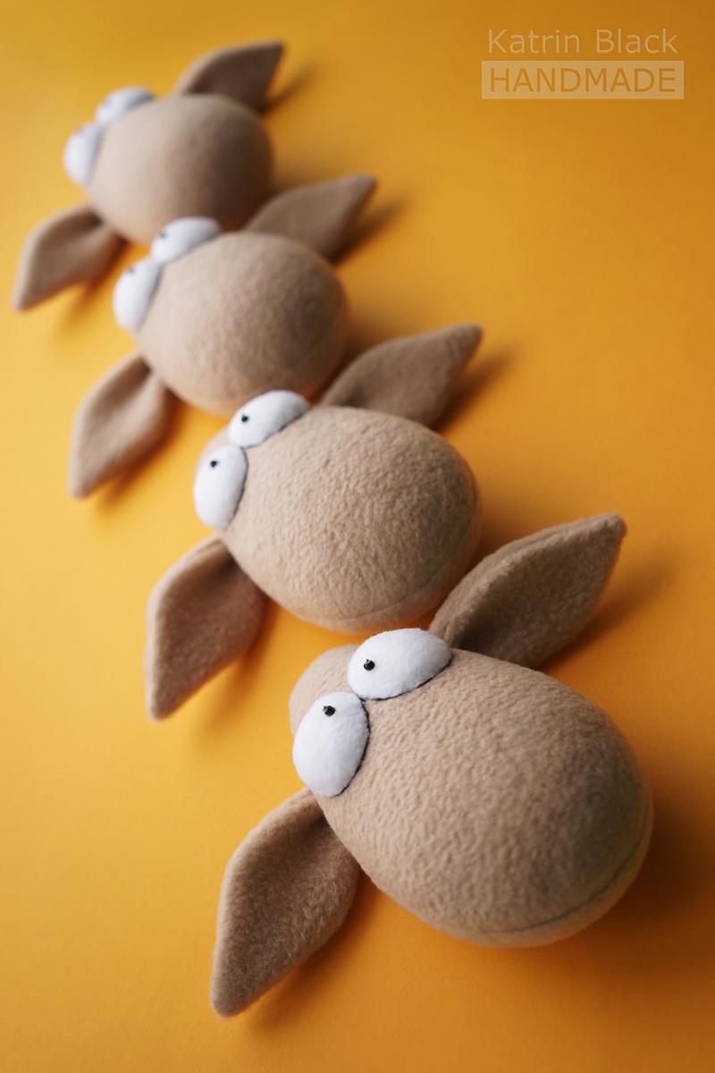 Шью овечек к Новому Году.