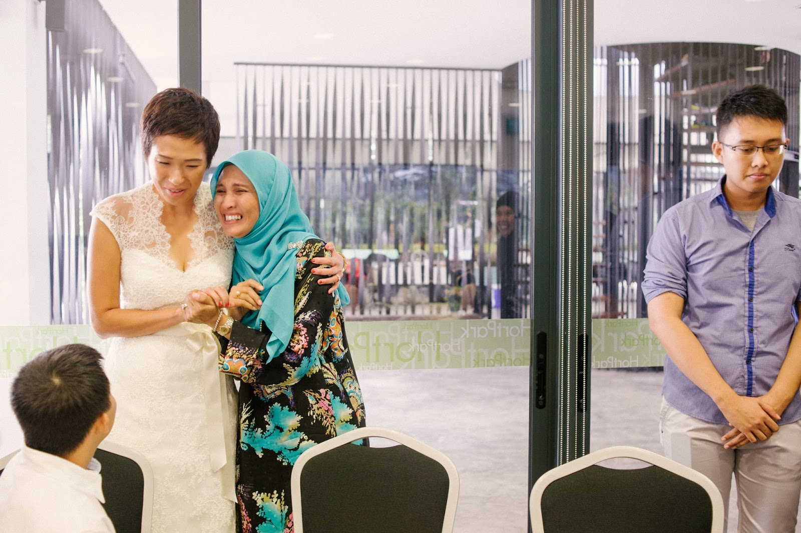 wedding photography singapore weeping